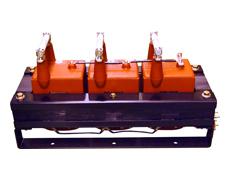 コイルモールド形計器用変圧器(一番大きなPT)